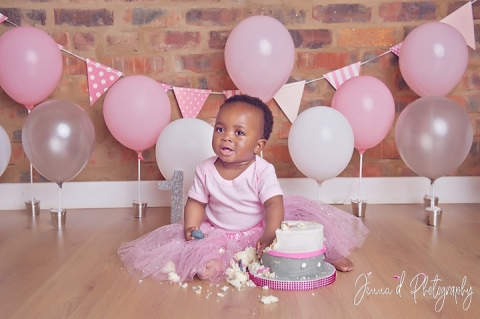 Pink and silver smash cake session